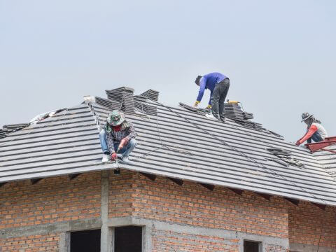 new-roof-installation